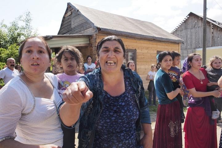 Власти Тульской области добиваются сноса незаконных цыганских домов