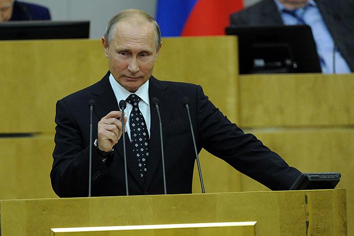 Владимир Путин не упустил возможность лично поприветствовать депутатов седьмого созыва