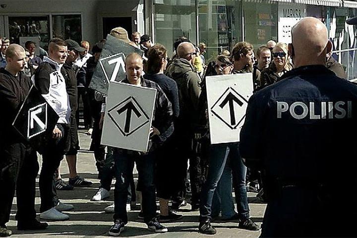 Финские депутаты единодушно осудили насилие со стороны радикальных движений. Фото: Yle