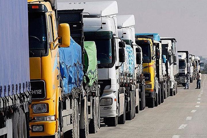 Водители латвийских фур будут обязаны декларировать таможне на границе объём топлива в баке. Фото: с сайта logists.by