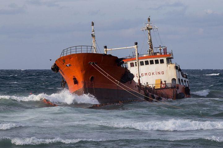 Капитан танкера «Надежда» выплатит штраф за трагедию наСахалине