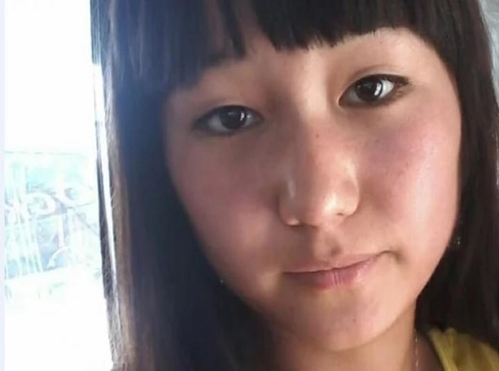 По предварительным данным, девушка может проживать со своим соотечественником, с которым приехала в Казахстан.