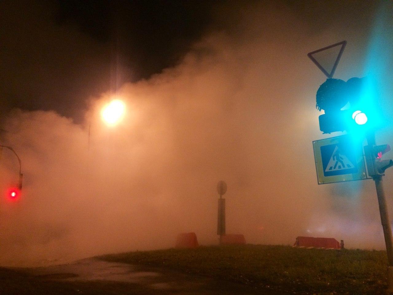 """Многие водители также едва не пострадали из-за собственной отчаянности. Фото: Антон Челноков """"ДТП и ЧП Санкт-Петербург"""""""