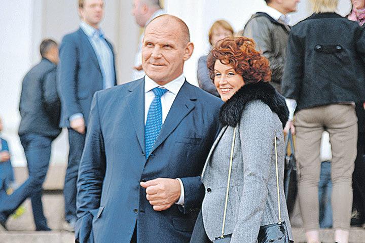 Супруга Сан Саныча Ольга наверняка поддержит кандидатуру мужа.