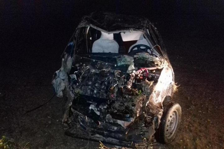 НаСтаврополье шофёр начужой «Ладе» опрокинулся вкювет