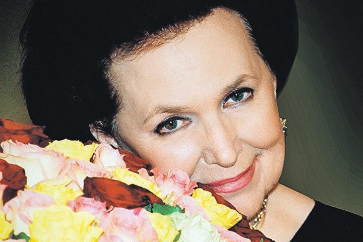 К90-летию Галины Вишневской в огромном театре открылась выставка