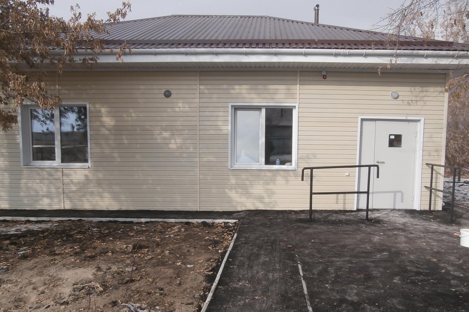 Вомском селе реконструировали фельдшерско-акушерский пункт