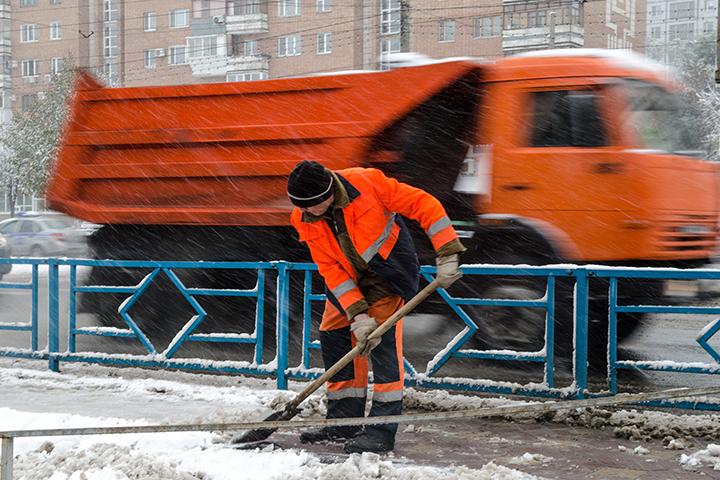 «Ремонты тротуаров, выполненные с несоблюдением технологии, мыоплачивать небудем»— Юрий Кузин