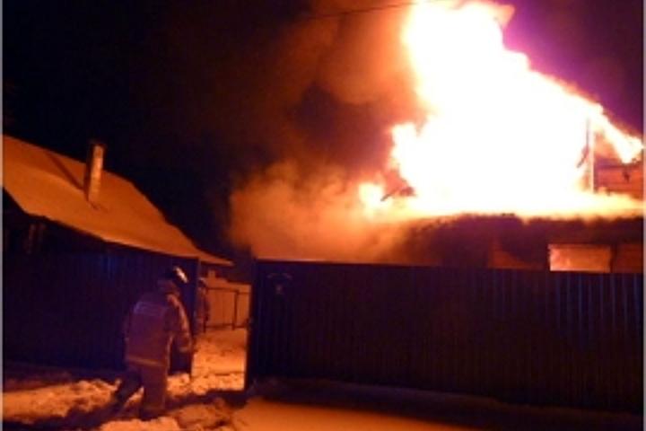 ВБежецке впожаре вбесхозном строении умер мужчина