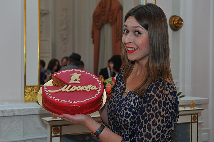 Гостей Музея Москвы бесплатно угостят фирменным тортом столицы 1декабря