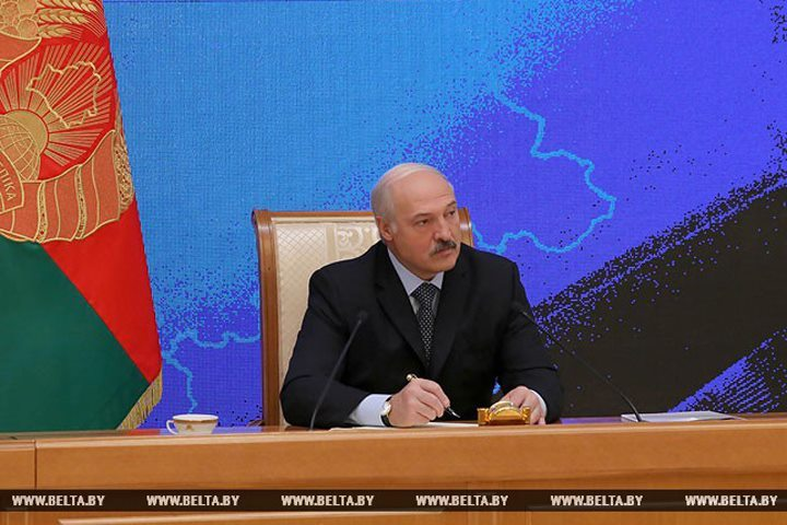 Александр Лукашенко: Историю часто под политику наклоняли. Мы это избежали. Фото: БелТА