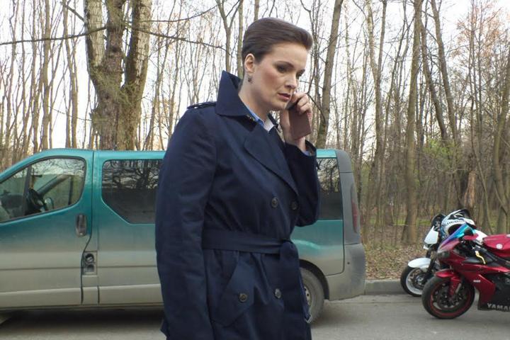 Федеральной экспертной службой по-прежнему руководит Галина Рогозина, которую играет Ольга Копосова.