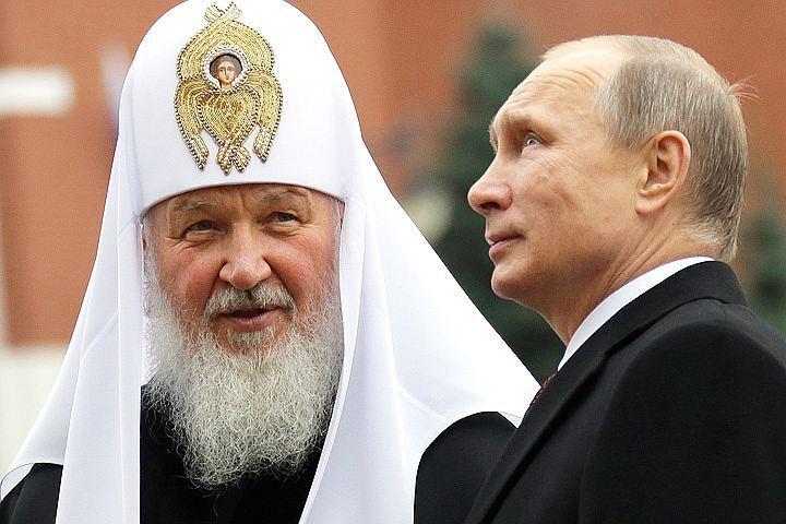 Путин объявил, что его, вероятно, крестил отец патриарха Кирилла