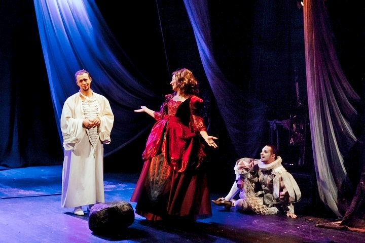 Билеты впетербургские театры продадут заполцены