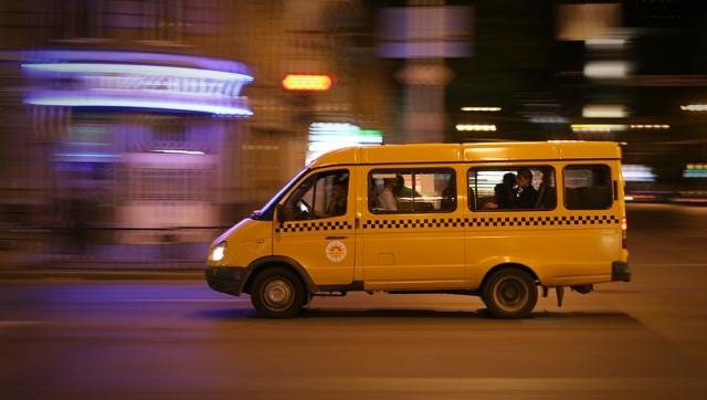 Ространснадзор поведал, как вычислить вПетербурге «маршрутчиков-нелегалов»