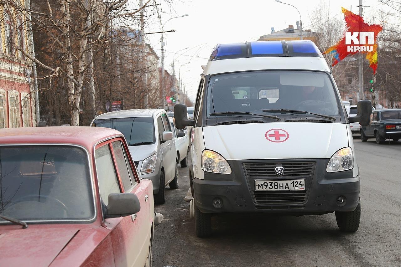 Вцентре Красноярска автоледи медленно сбила бабушку
