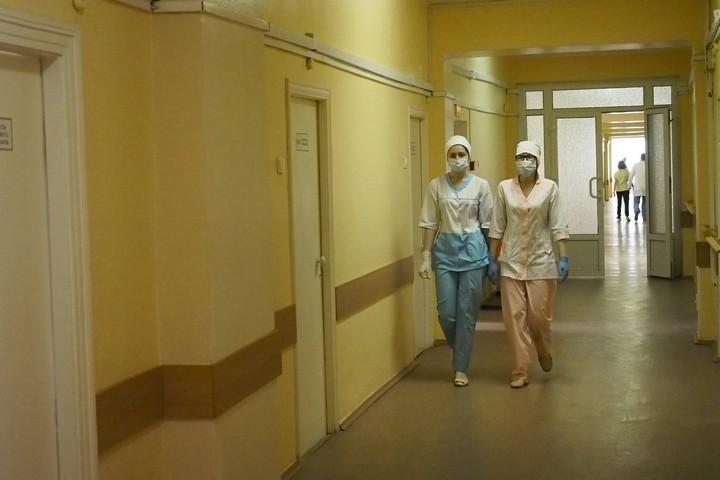 Мед. работники спасали жизнь петербуржцу с 2-мя стрелами всердце
