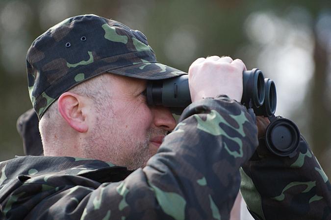 Секретарь Совета национальной безопасности Украины Александр Турчинов заявил, что «воздушное пространство РФ в Черном море заканчивается посредине Керченского пролива»