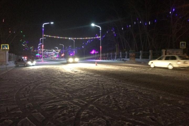 ВЧеремхово иностранная машина сбила на«зебре» двухгодовалую девочку