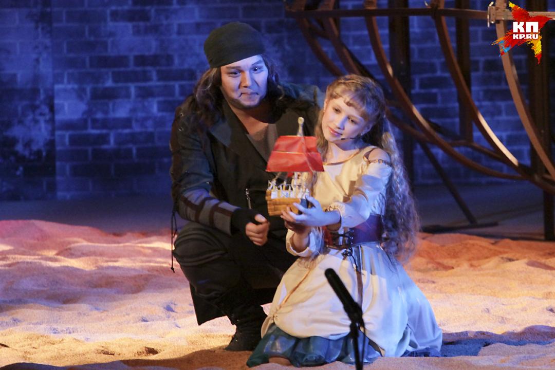 Мюзикл «Алые паруса» представили в Алтайском театре музкомедии