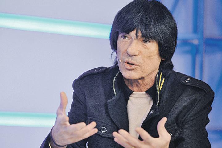 Лидер французской группы Space 63-летний Дидье Маруани в редакции «Комсомолки».