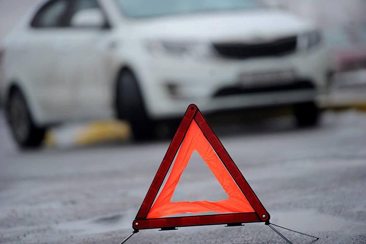 Двойное ДТП вВоложинском районе— пострадал дорожный рабочий