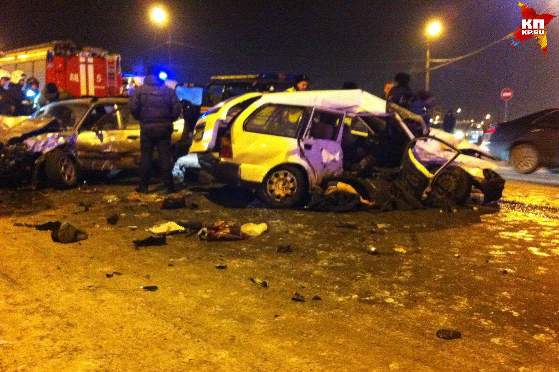 Один человек умер итрое пострадали вДТП вИркутске