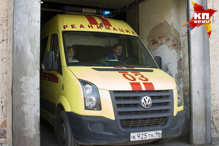 ВЕкатеринбурге ребенок после падения сдевятого этажа попал вреанимацию