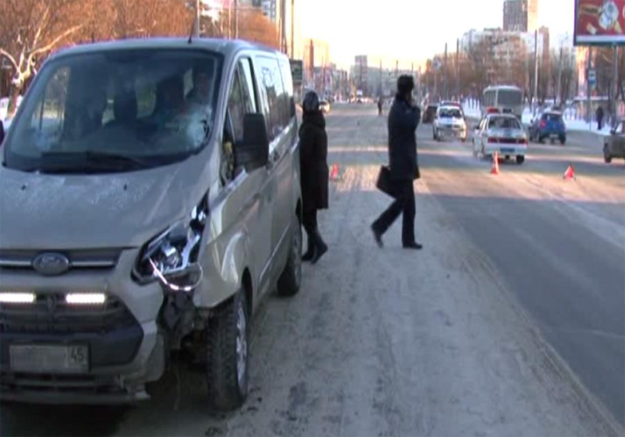 Челябинец умер, попавшись под колеса сразу 2-х иномарок ВИДЕО ФОТО