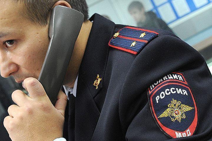Неизвестные выкрали петербурженку изеесобственной квартиры