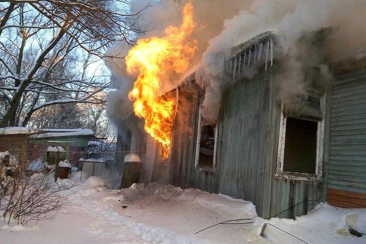 ВСоколе сгорел трехквартирный деревянный дом