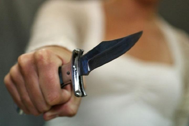 ВЙошкар-Оле женщина зарезала нетрезвого мужа, страшась насилия сего стороны