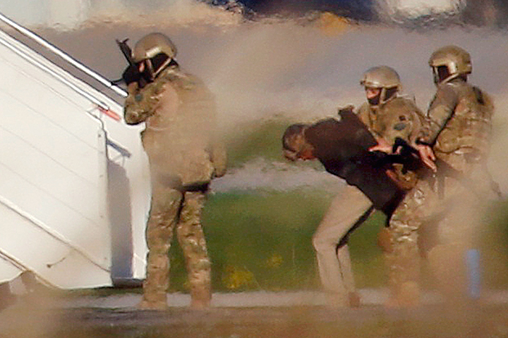 Самолет ливийской авиакомпании ввоздухе захватили террористы