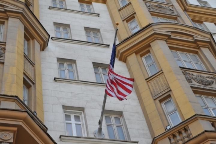 Вамериканском посольстве поблагодарили за35 приглашений наелку вКремле