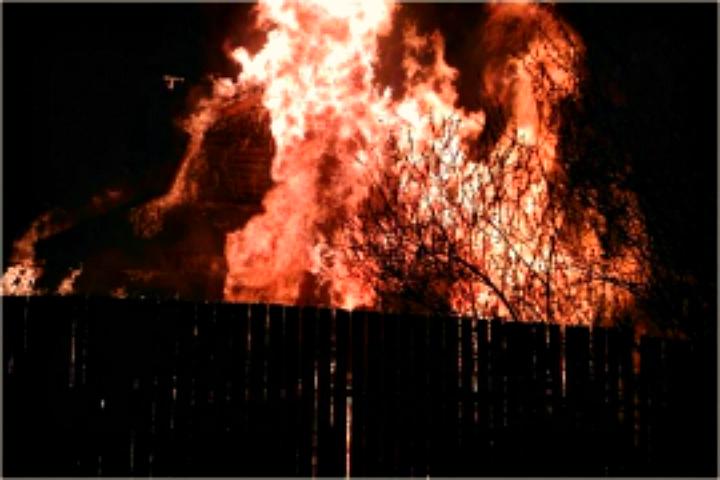 В часовне вспыхнул пожар Фото: МЧС по Тверской области