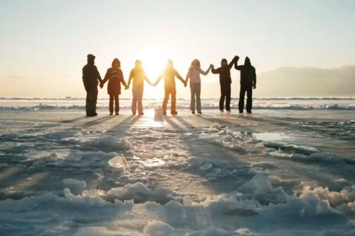МЧС назвало «ледовую карусель» наБайкале «крышкой гроба»
