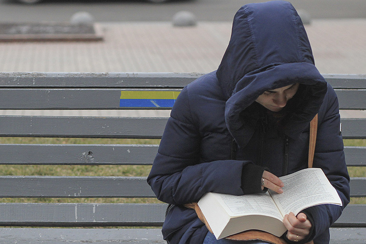 Российских книг на полках киевских магазинов практически нет. ФОТО Zuma/ТАСС
