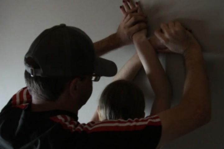 Изнасиловали женщину под угрозой сбросить с12 этажа— Ужас вЧебоксарах