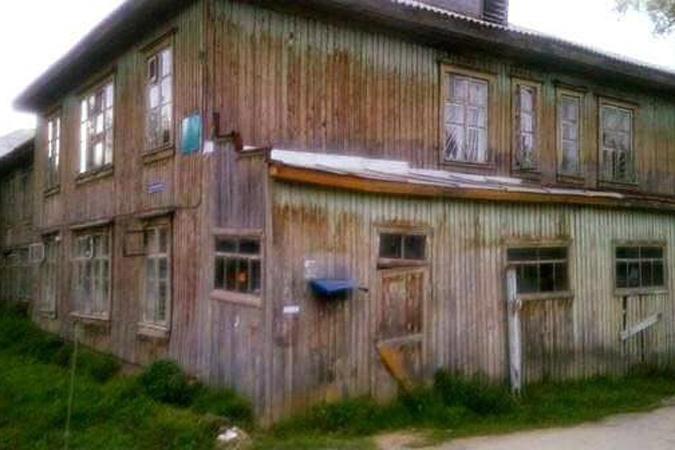 Дубровский создал спецкомиссию для ремонта клиники, прославившейся навсю страну