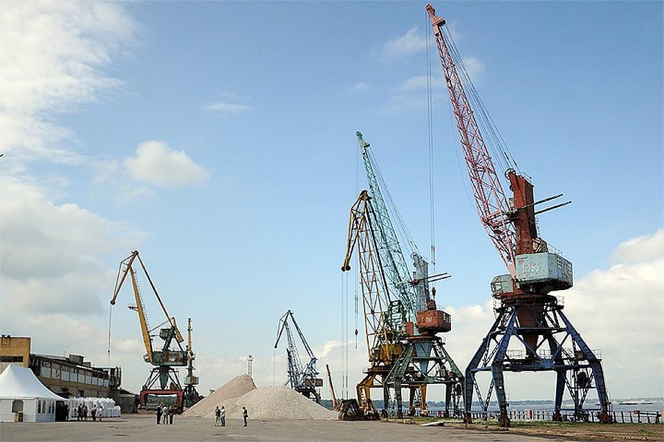 Речные порты продадут по рублю