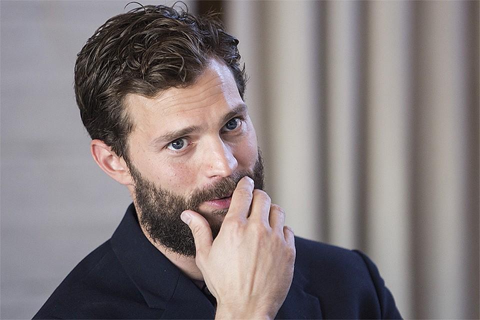 Фильм На 50 оттенков темнее украшает мужика борода!