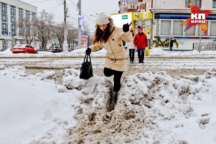 Неменее 10-ти тыс. кубометров снега вывезено засутки сулиц Нижнего Новгорода
