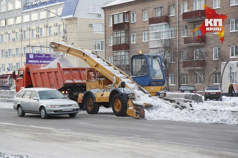 Сулиц Омска вывезено 500 000 кубометров снега
