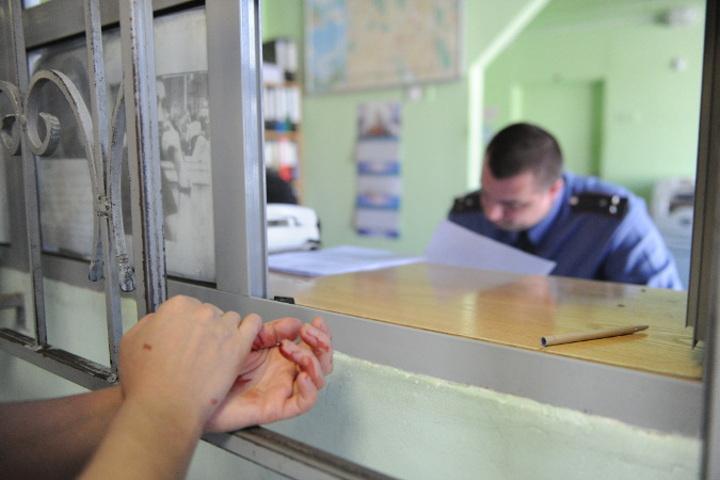 Гражданин Курской области избил себя ножкой стула, чтобы отомстить полицейским