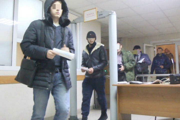 Суд вИркутске оставил под арестом восемь фигурантов уголовного дела о«Боярышнике»