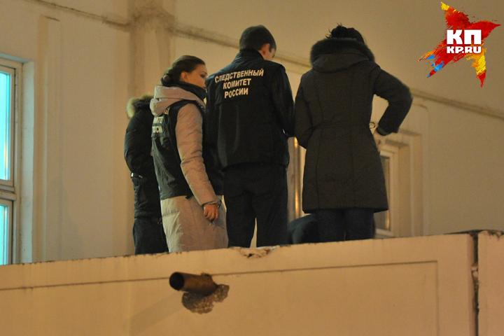 ВНижнем Новгороде молодая девушка выпала изокна