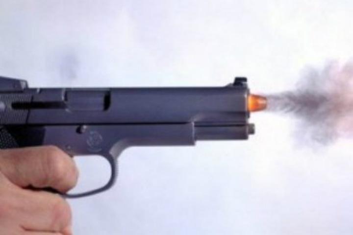 Неизвестный обстрелял сотрудника ФСИН вЛенобласти