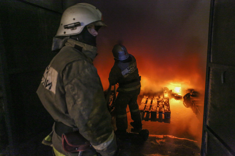 Пенсионер изАльметьевска обгорел напожаре всвоей квартире