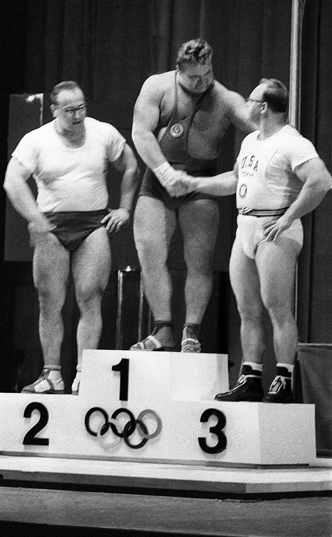 Пьедестал олимпийского Токио, 1964 год. Фото: РИА Новости