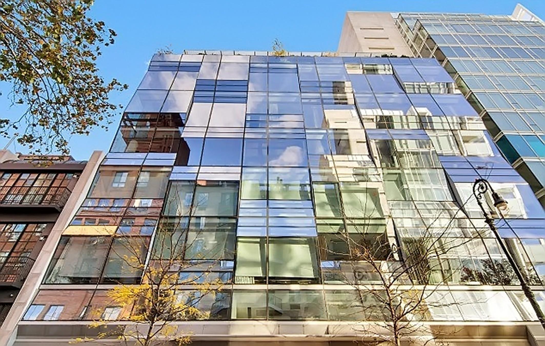Трехкомнатный дюплекс расположен в престижном районе Вест-Виллидж на Манхэттене. Фото: EAST NEWS.